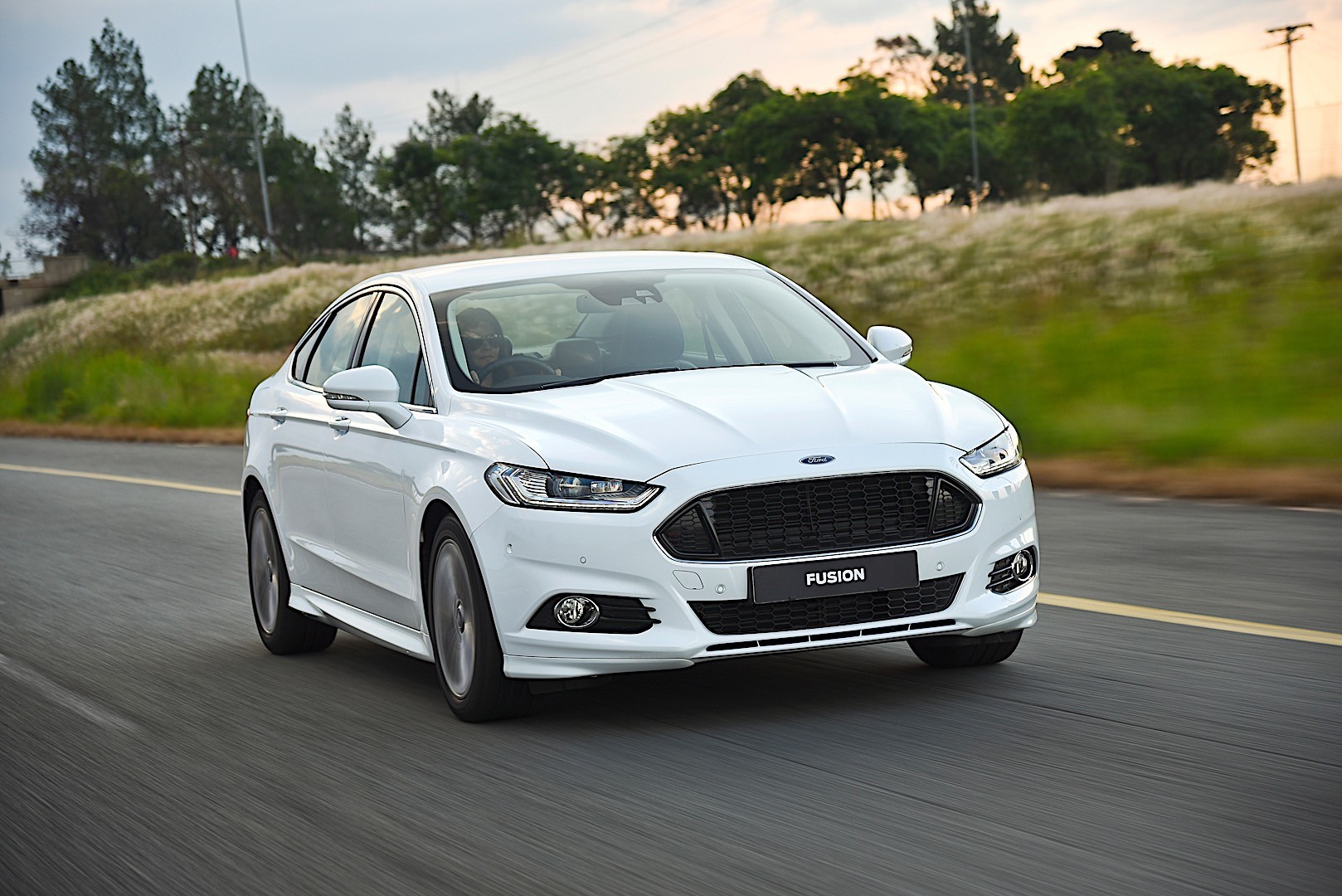 FORD Fusion North American specs & photos - 2012, 2013 ...