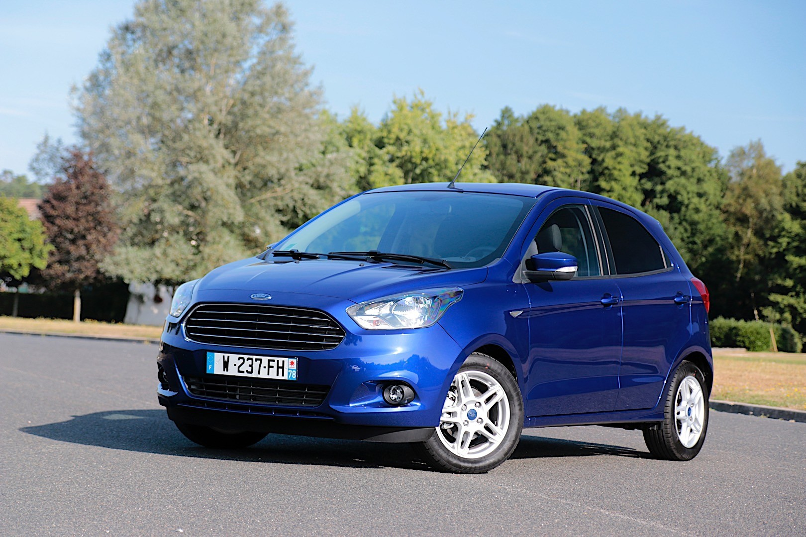 FORD Ka+ specs & photos - 2016, 2017, 2018 - autoevolution