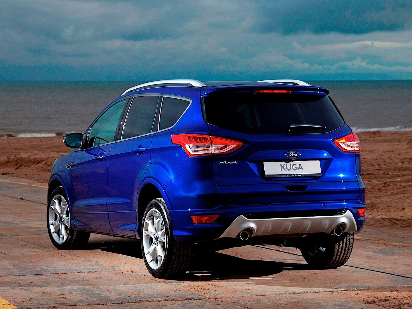ford kuga specs 2012 2013 2014 2015 2016 autoevolution. Black Bedroom Furniture Sets. Home Design Ideas