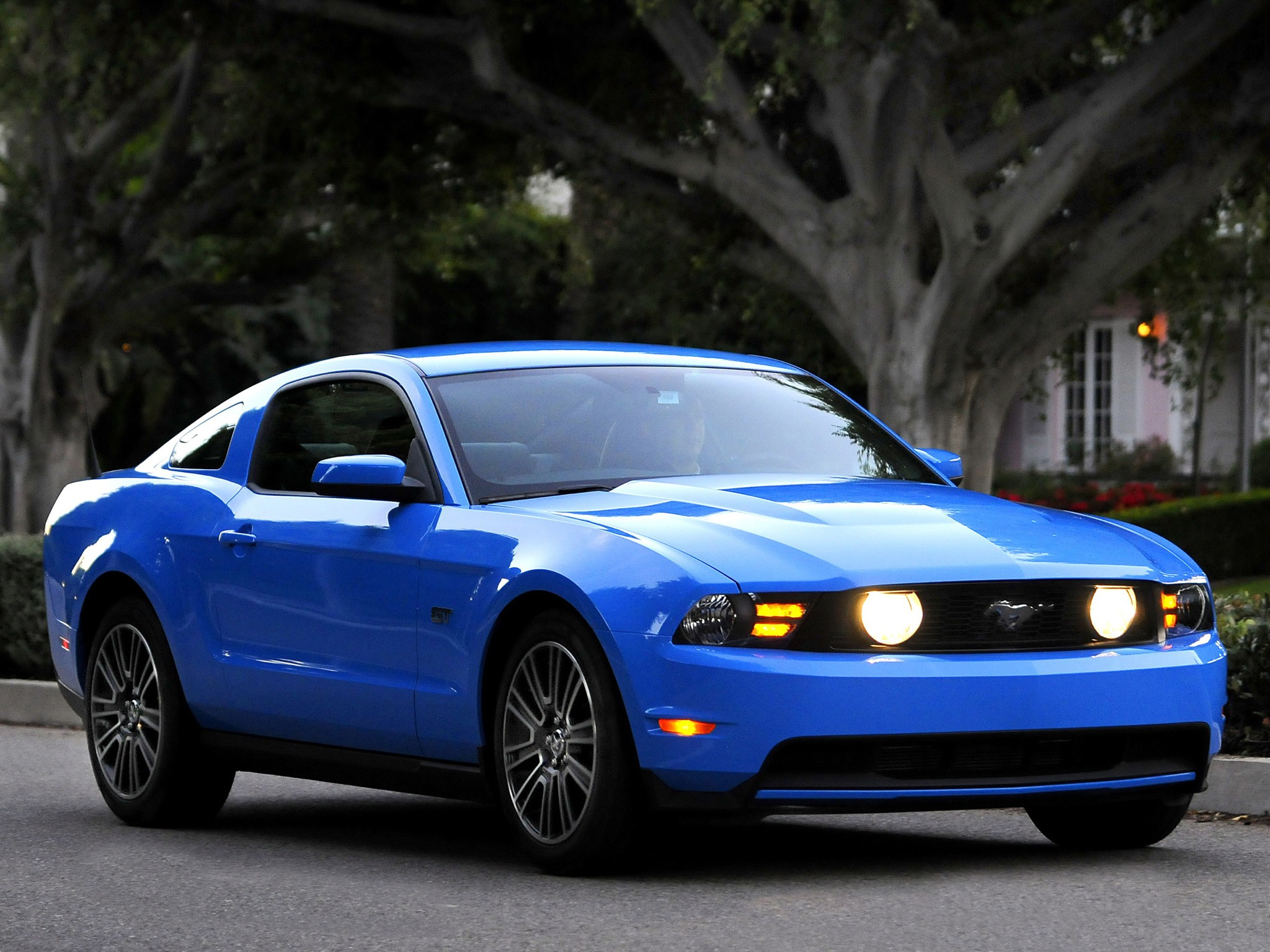 ... FORD Mustang (2009   2013) ...