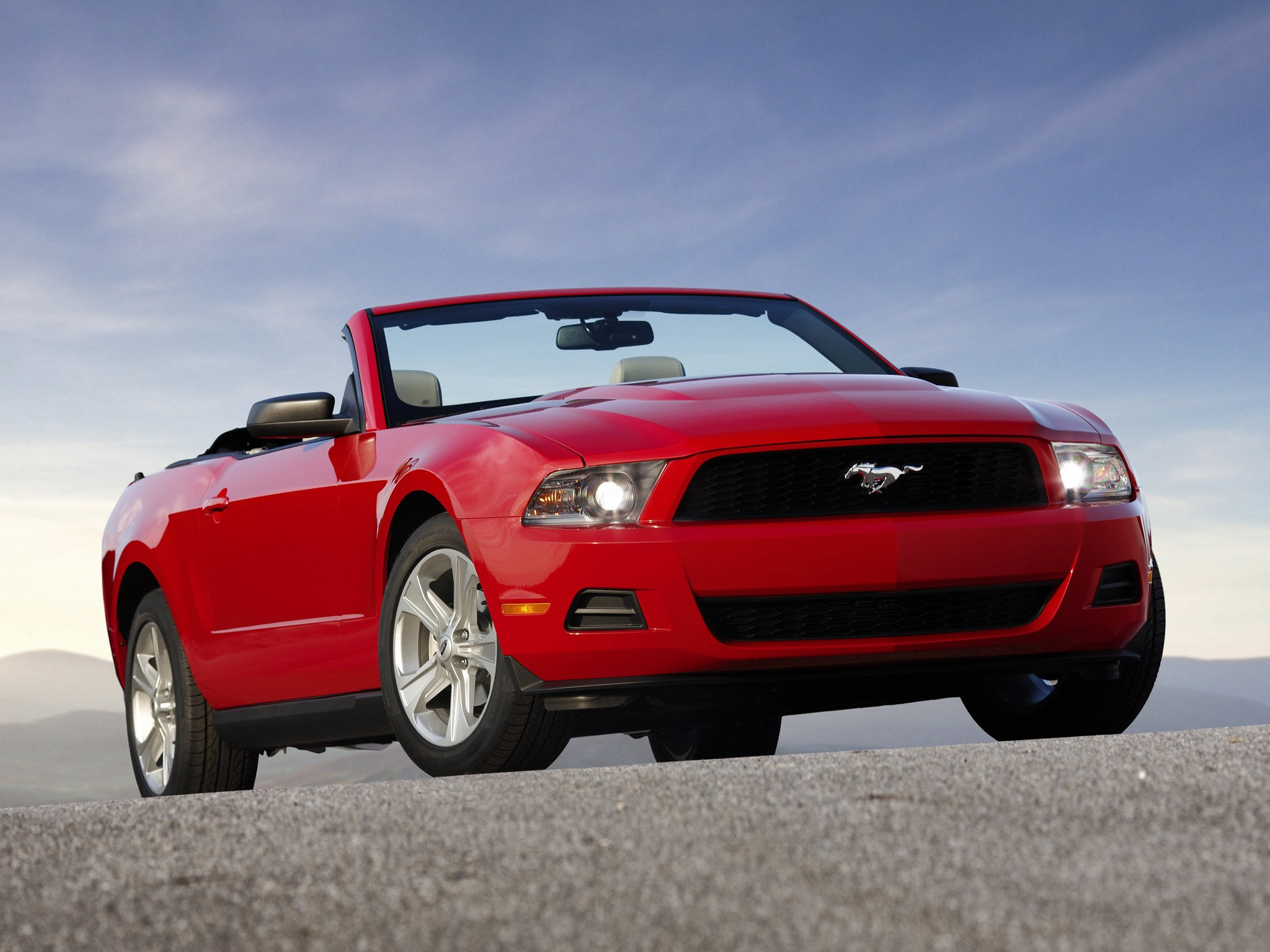 ford mustang convertible 2009 2010 2011 2012 2013 autoevolution. Black Bedroom Furniture Sets. Home Design Ideas