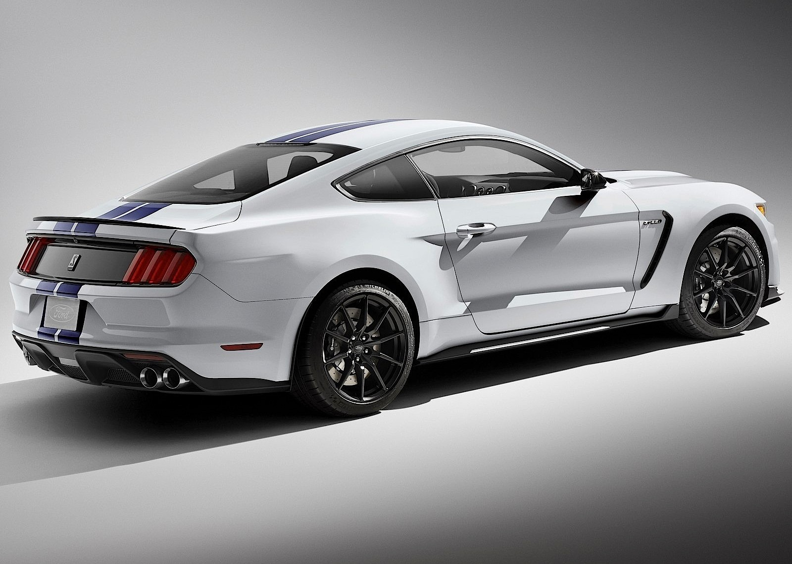 FORD Mustang Shelby GT350 - 2015, 2016, 2017 - autoevolution