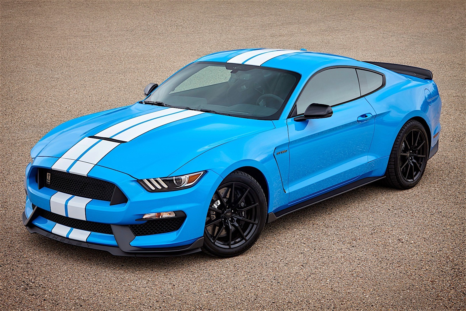 ford mustang shelby gt350 specs photos 2015 2016. Black Bedroom Furniture Sets. Home Design Ideas