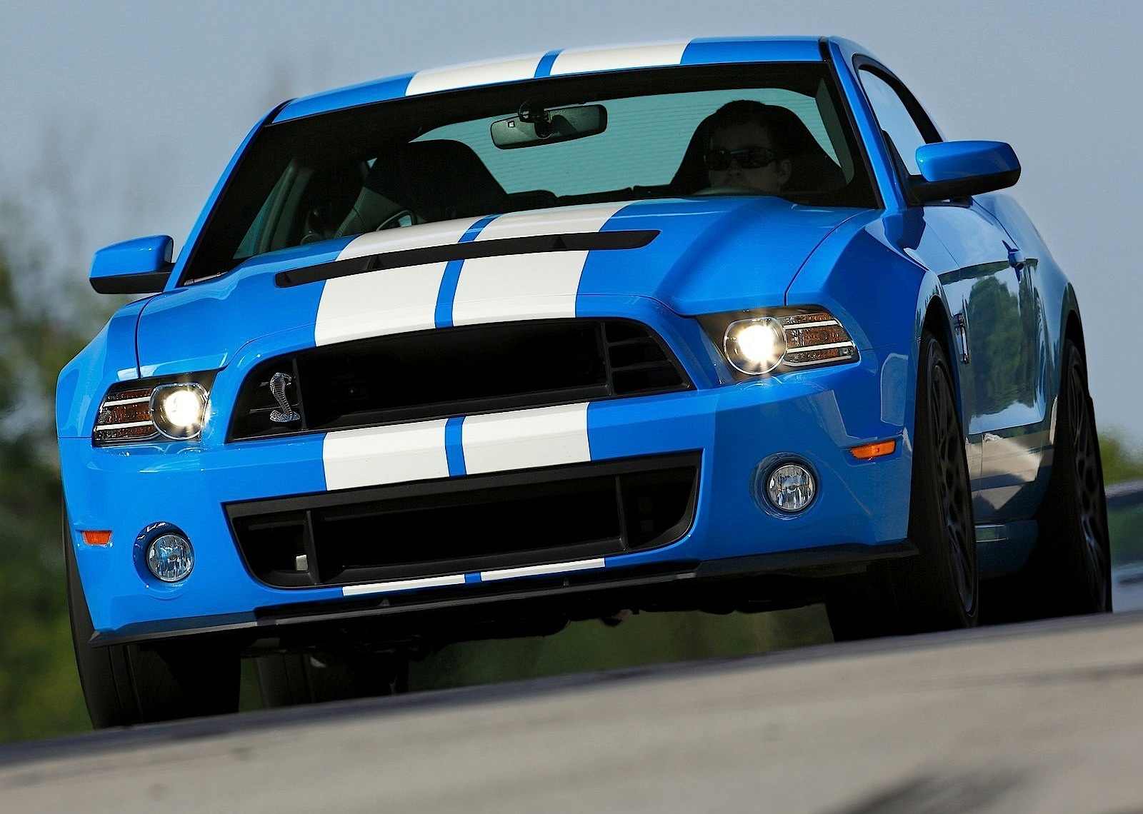 FORD Mustang Shelby GT500 specs & photos - 2012, 2013, 2014, 2015 ...