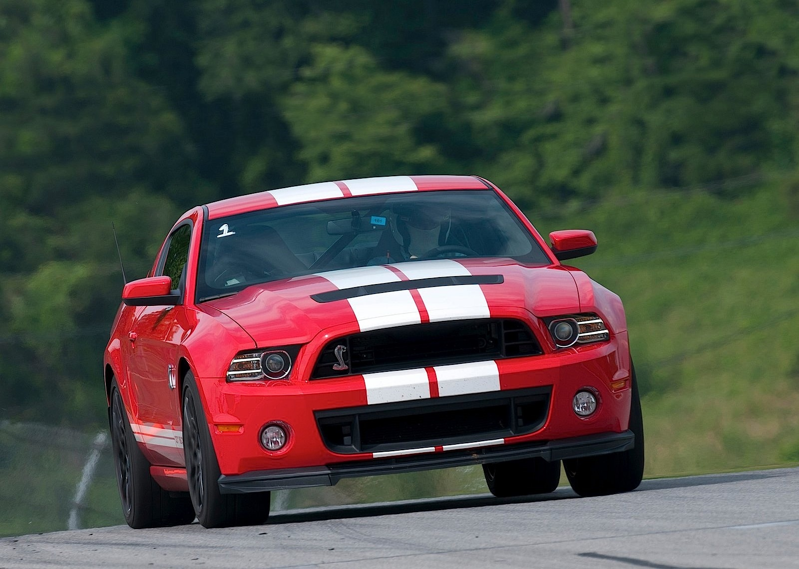 Ford Mustang Shelby Gt500 Specs Amp Photos 2012 2013