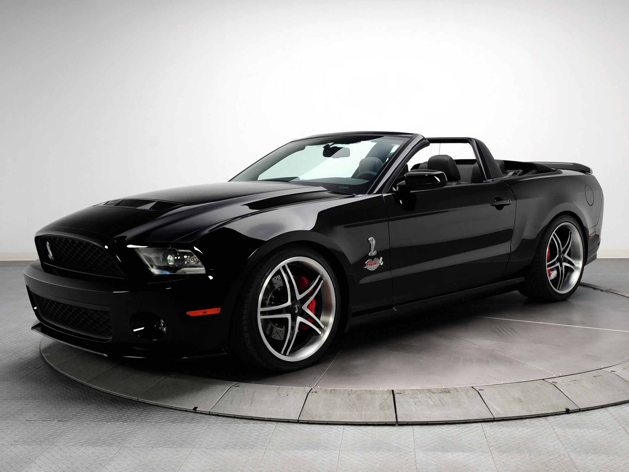 ford mustang shelby gt500 convertible specs 2009 2010 2011 2012 autoevolution. Black Bedroom Furniture Sets. Home Design Ideas