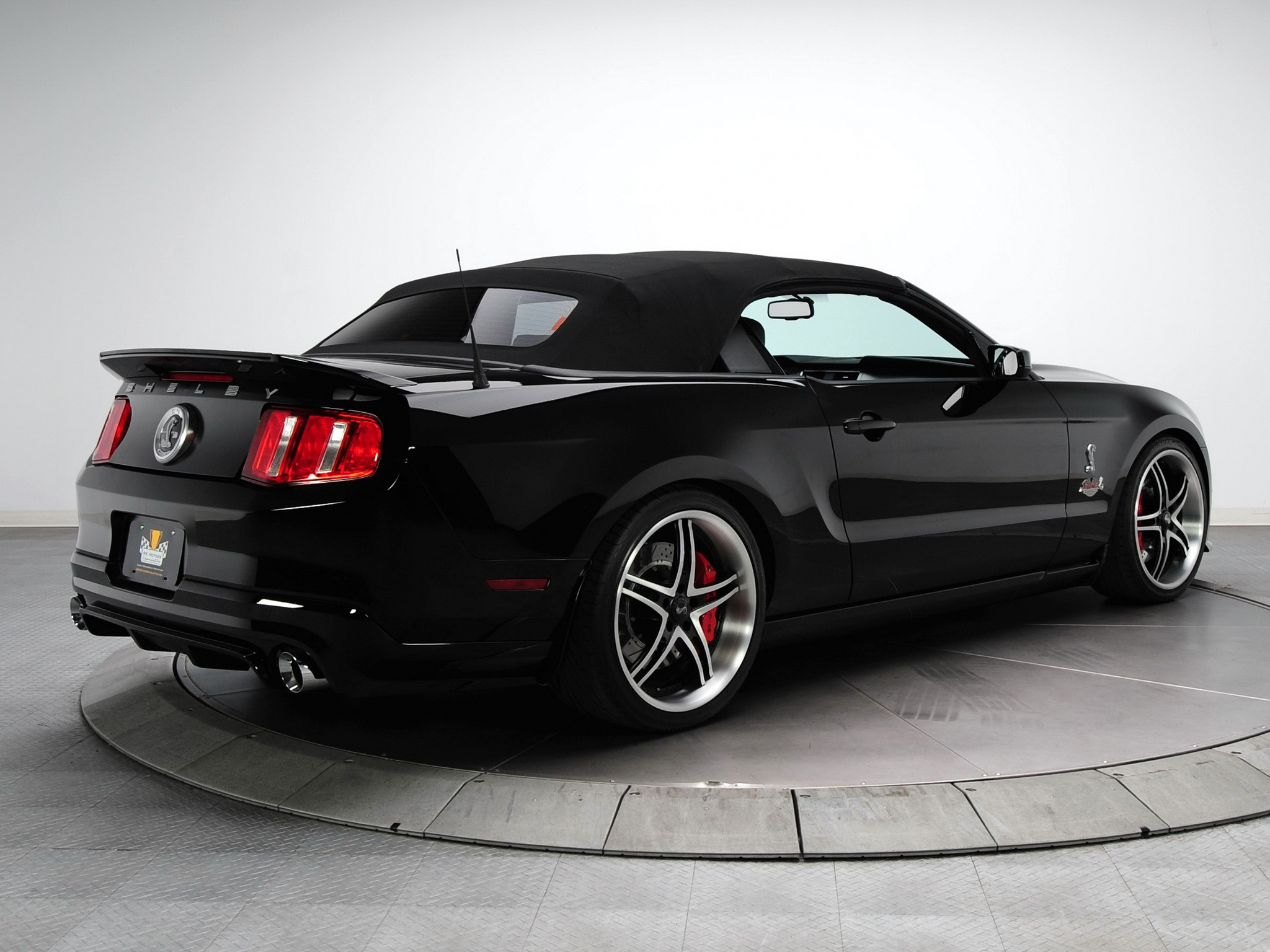 ford mustang shelby gt500 convertible specs 2009 2010. Black Bedroom Furniture Sets. Home Design Ideas