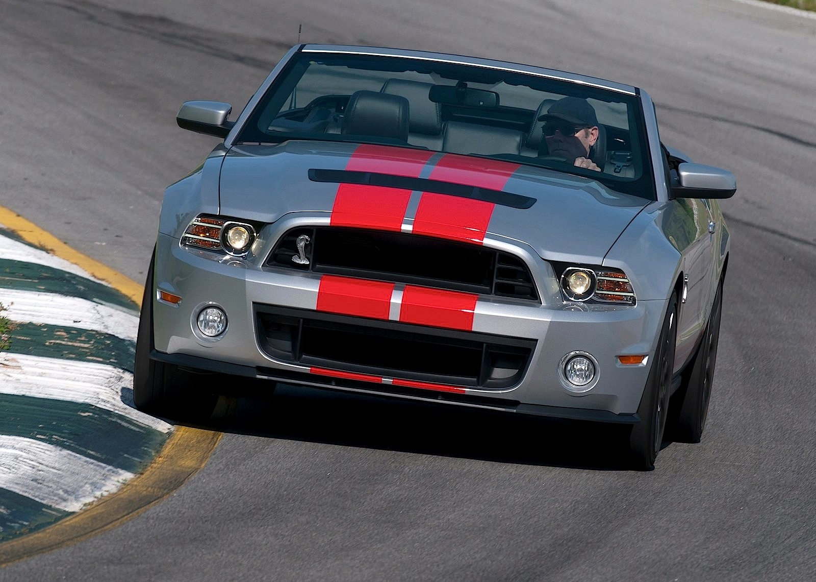 ford mustang shelby gt500 convertible 2012 present