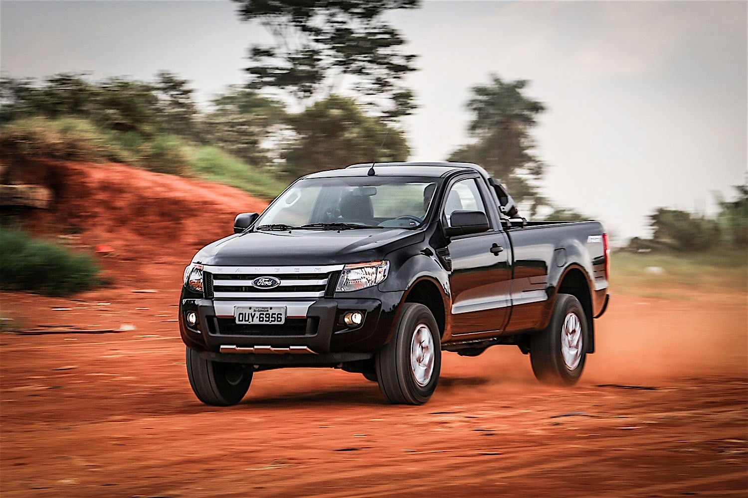 FORD Ranger Regular Cab specs & photos - 2011, 2012, 2013, 2014, 2015 - autoevolution