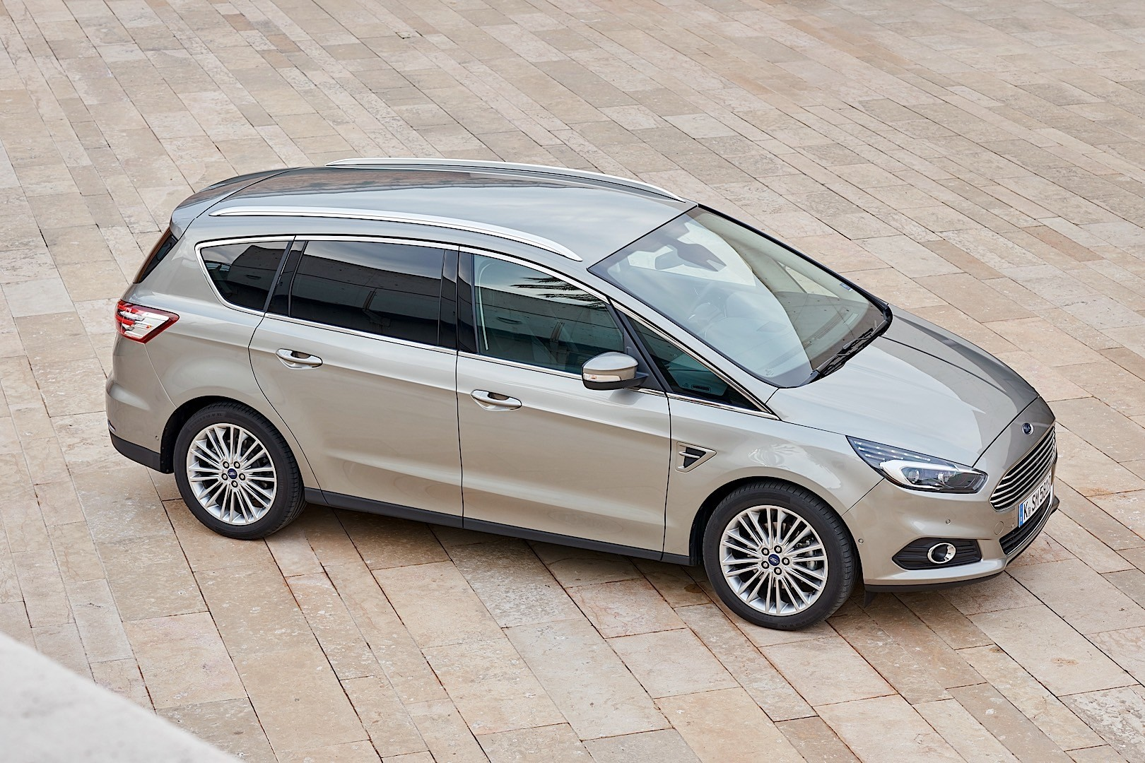 ford s max specs 2015 2016 2017 2018 autoevolution. Black Bedroom Furniture Sets. Home Design Ideas