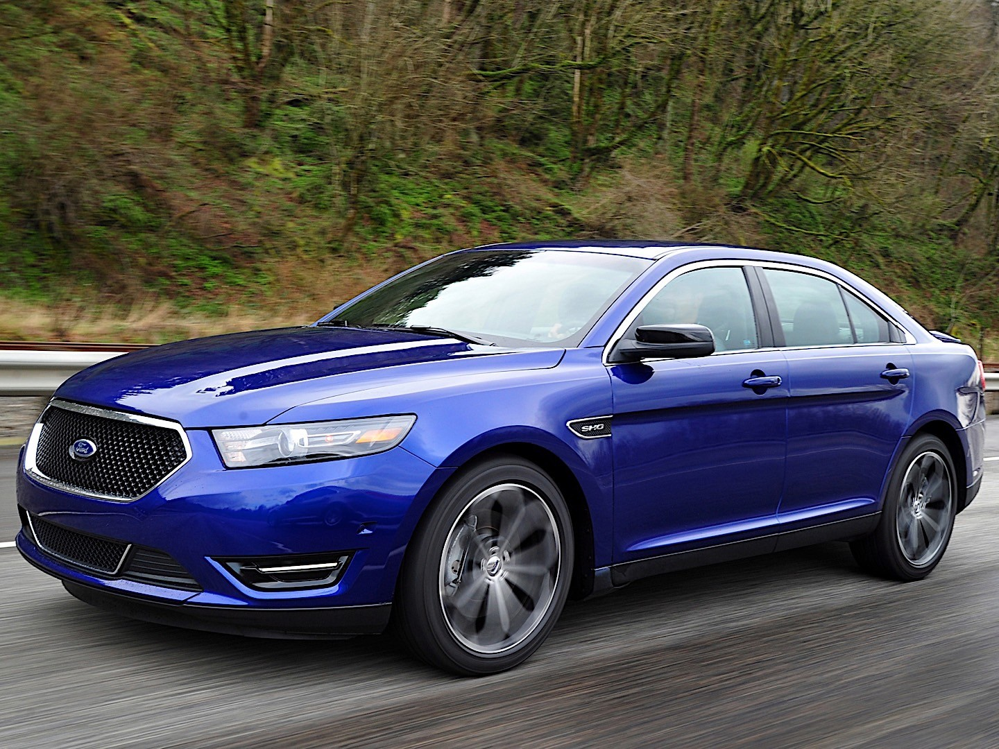 FORD Taurus SHO specs & photos - 2012, 2013, 2014, 2015 ...