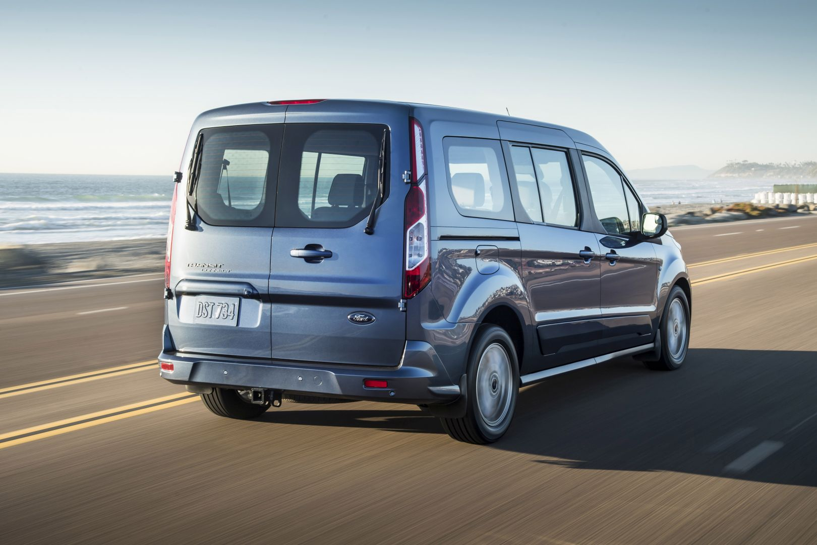 Ford Transit Connect Wagon Specs Amp Photos 2018 2019