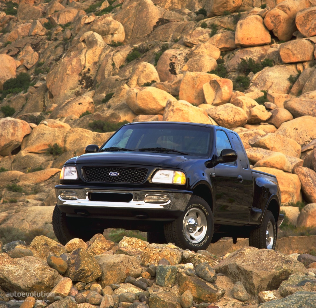 FORD F-150 Super Cab Specs & Photos