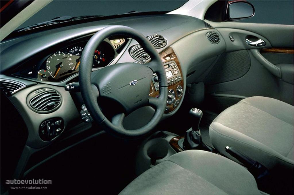FORD Focus 4 Doors specs  2001 2002 2003 2004 2005