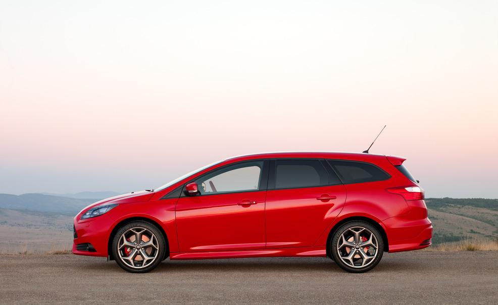 Ford focus st estate specs 2012 2013 2014 2015 2016 2017 autoevolution