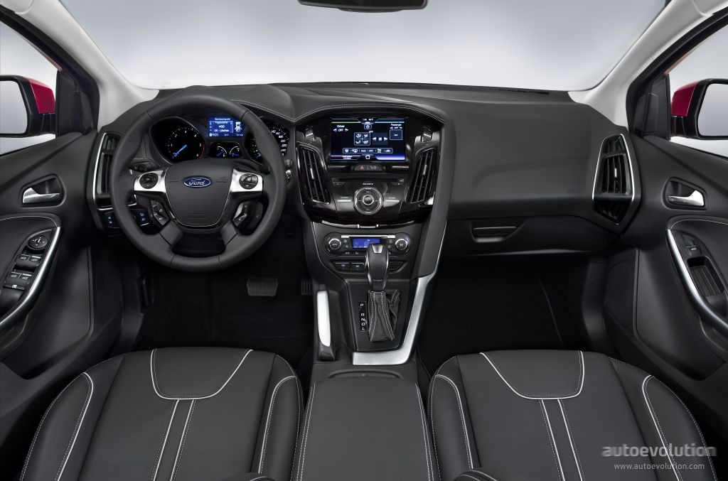 ford focus wagon specs 2011 2012 2013 2014 autoevolution. Black Bedroom Furniture Sets. Home Design Ideas
