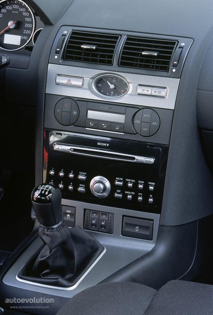 FORD Mondeo Sedan - 2003, 2004, 2005 - autoevolution