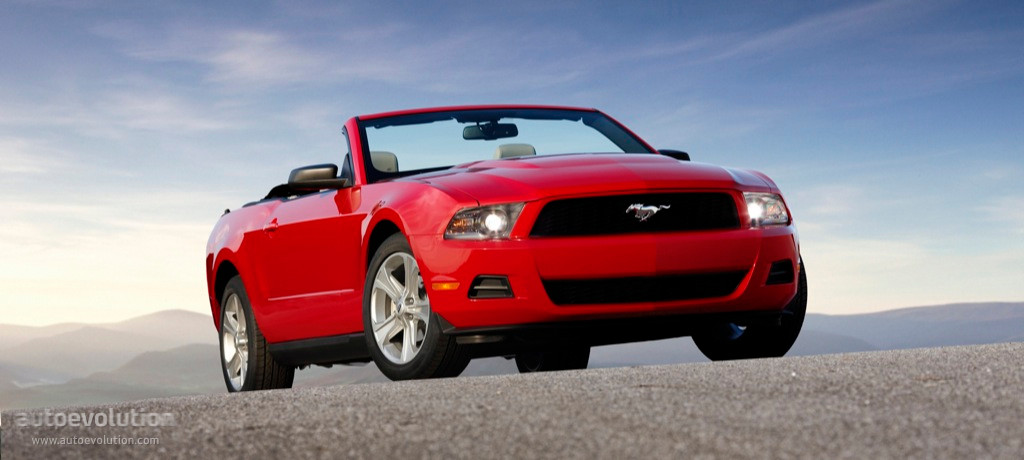 Ford Mustang Convertible Specs Amp Photos 2009 2010 2011