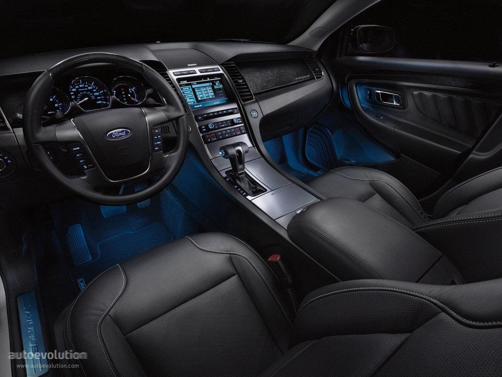 2016 Taurus Interior