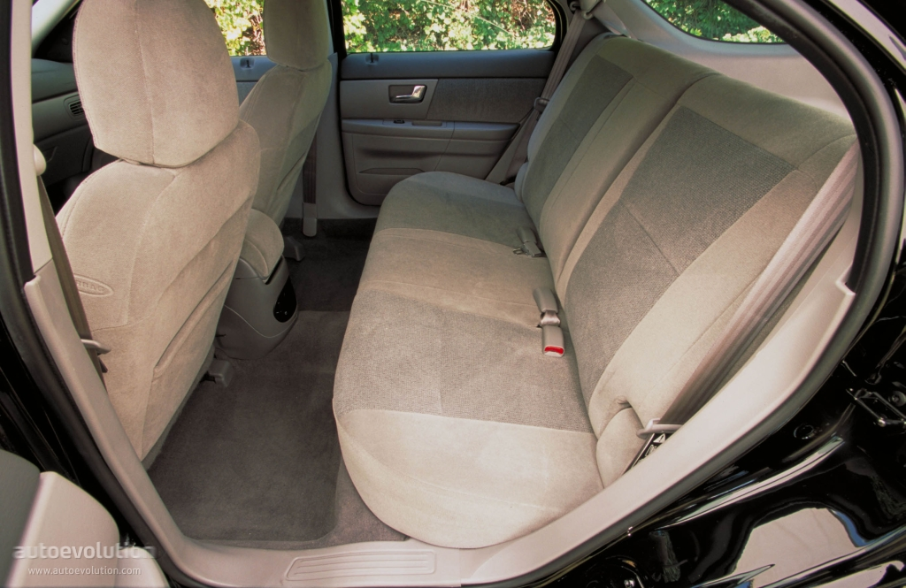 Ford Taurus Wagon Specs Amp Photos 1999 2000 2001 2002