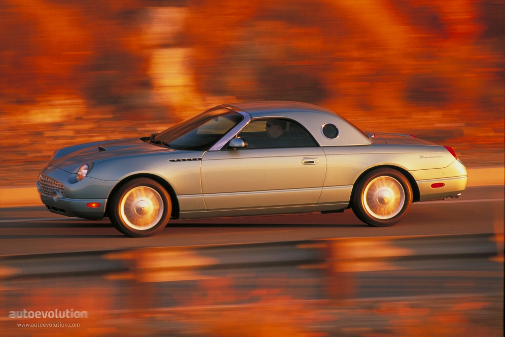 2001 Ford Thunderbird 16-page Original Sales Brochure