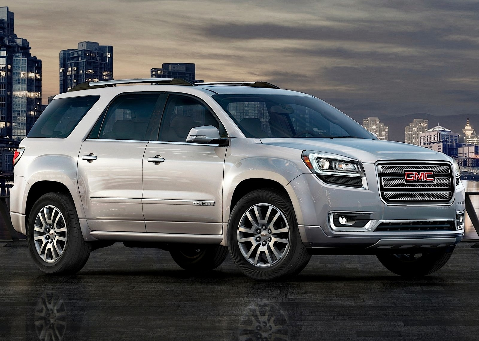 GMC Acadia specs & photos - 2012, 2013, 2014, 2015, 2016 ...