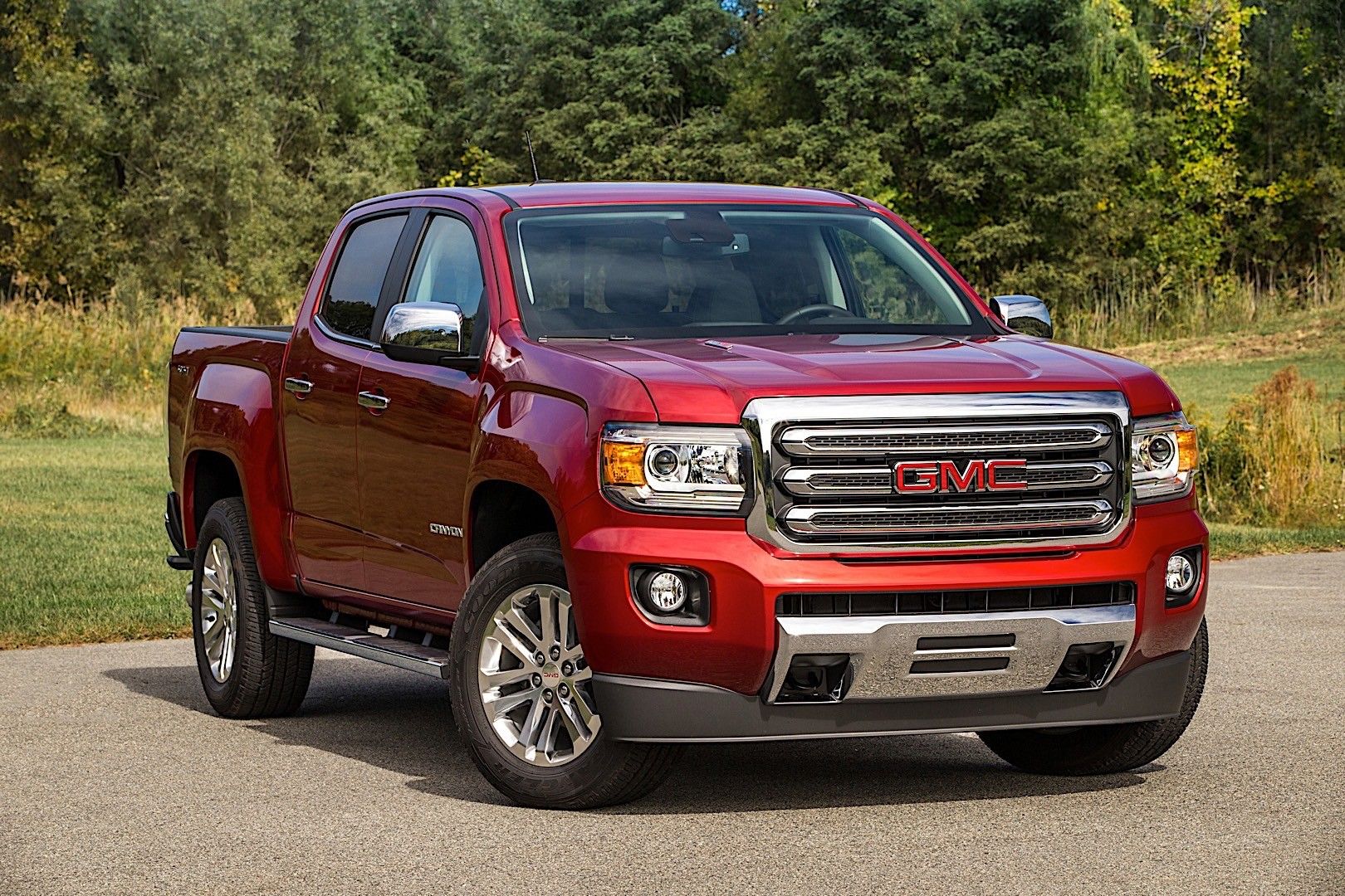 GMC Canyon Crew Cab specs & photos - 2014, 2015, 2016 ...