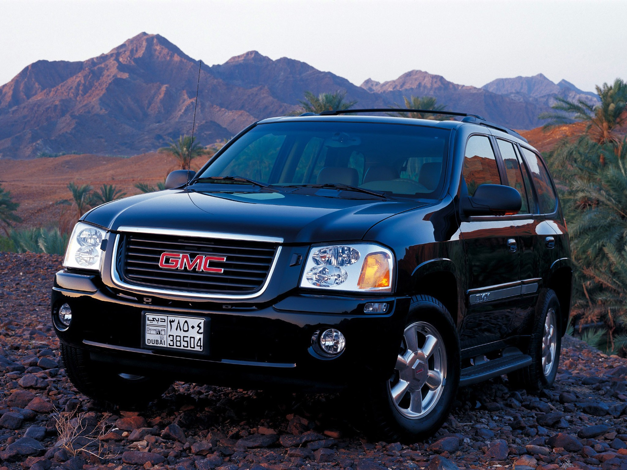 GMC Envoy specs & photos - 2008, 2009 - autoevolution