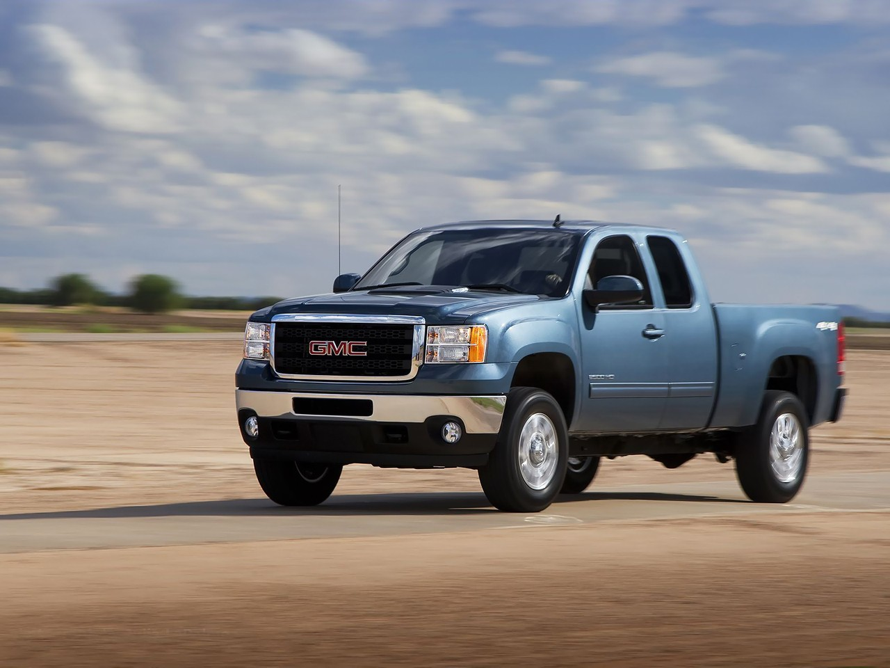 gmc sierra 2500hd extended cab specs 2008 2009 2010 2011 2012 2013 autoevolution. Black Bedroom Furniture Sets. Home Design Ideas