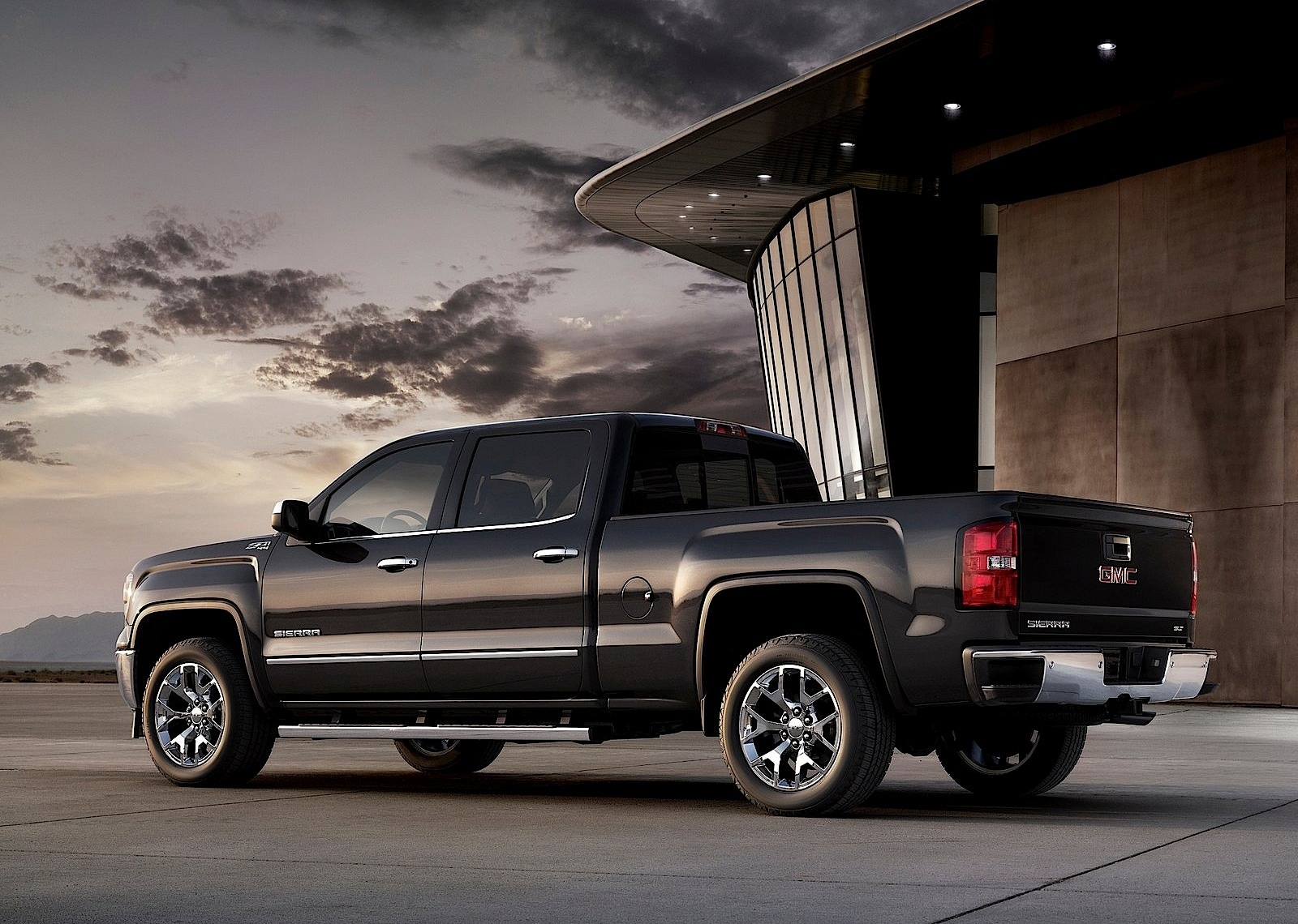 gmc sierra double cab specs 2013 2014 2015 2016 2017 2018 autoevolution. Black Bedroom Furniture Sets. Home Design Ideas