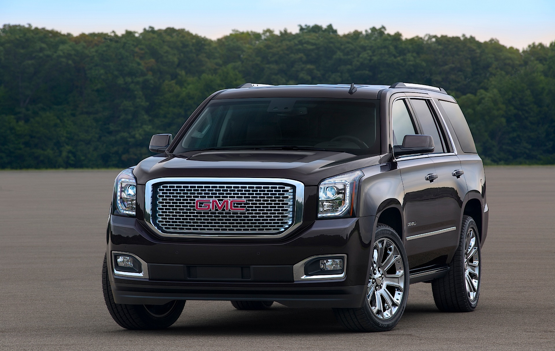 strongauto and specs yukon photos denali gmc xl