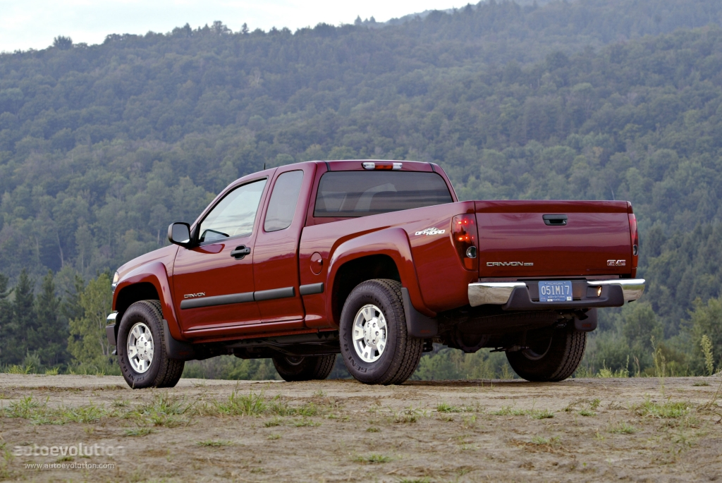 GMC Canyon Crew Cab specs & photos - 2004, 2005, 2006 ...