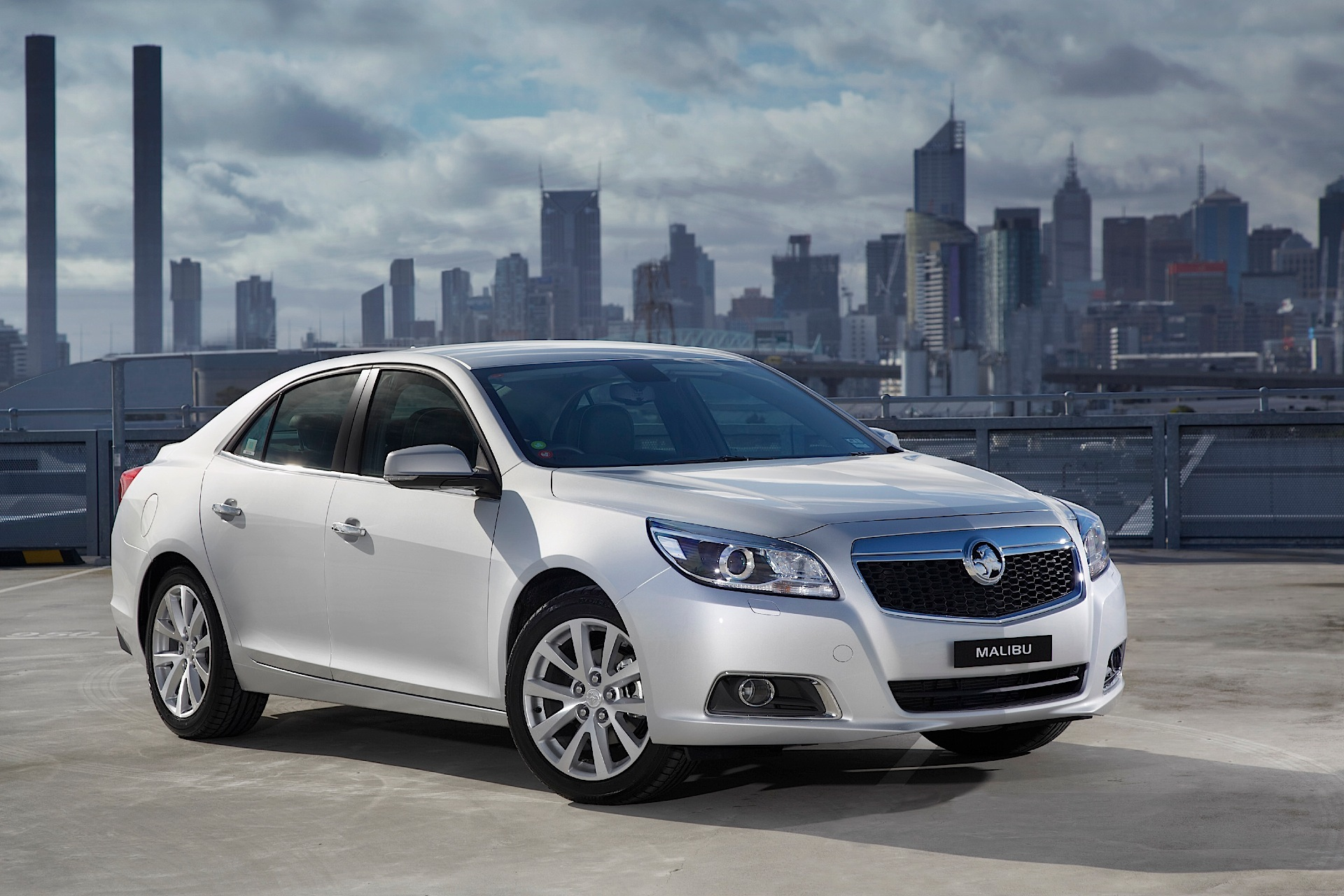 HOLDEN Malibu specs & photos - 2013, 2014, 2015, 2016 ...