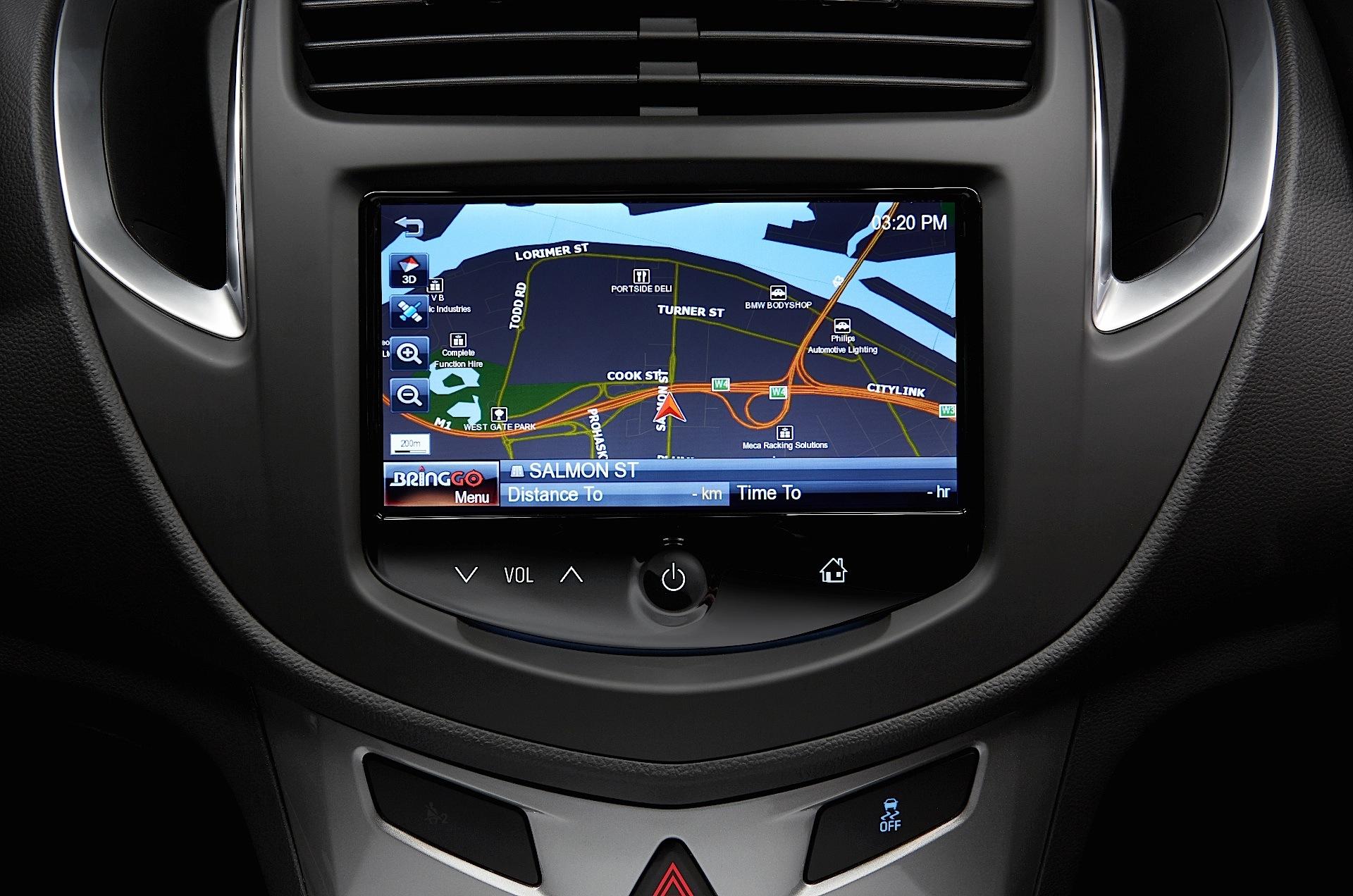 HOLDEN Trax 2013 2014 2015 2016 autoevolution