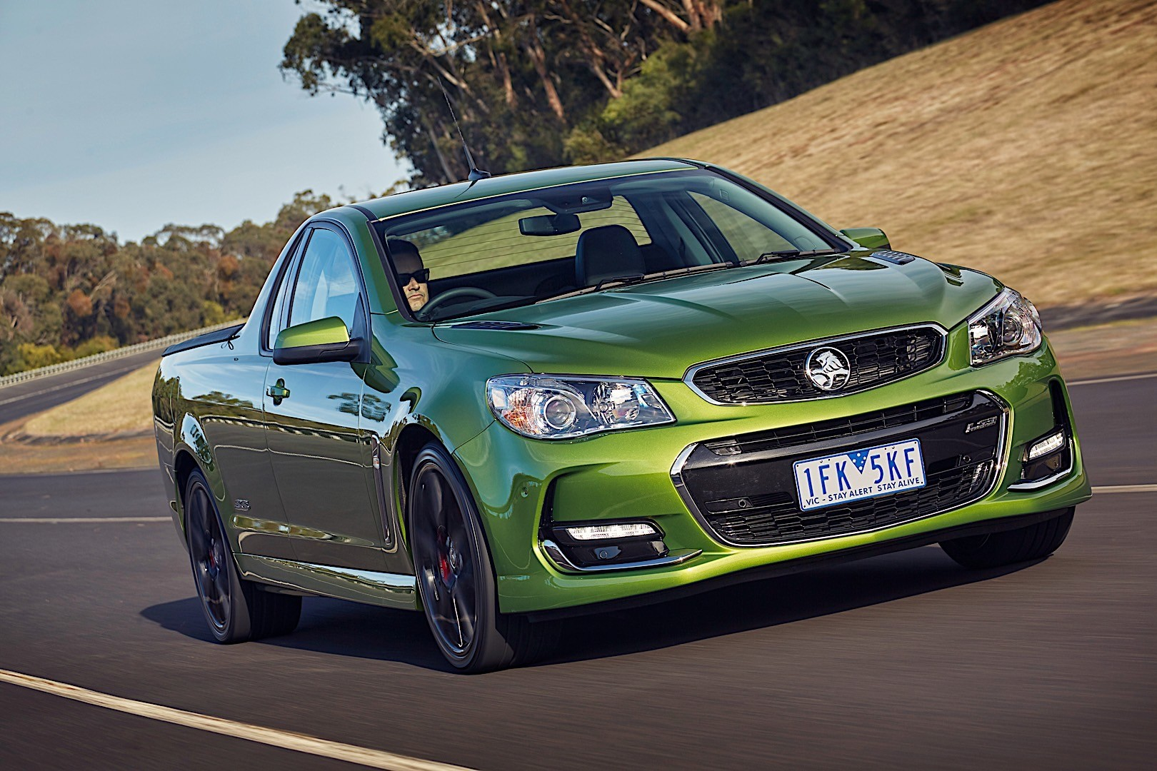 HOLDEN Ute specs & photos - 2015, 2016, 2017 - autoevolution