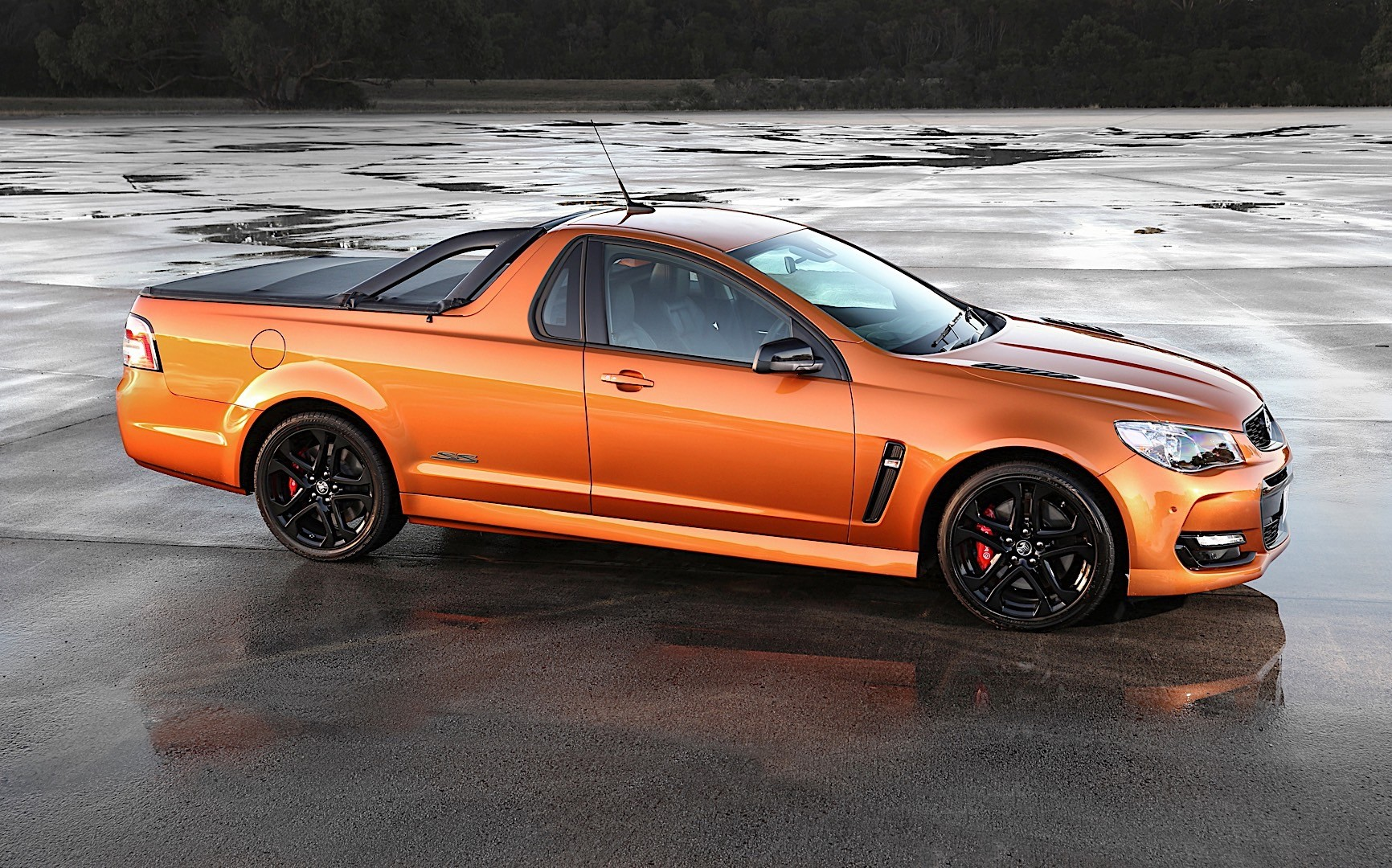 holden ute specs amp photos 2015 2016 2017 autoevolution