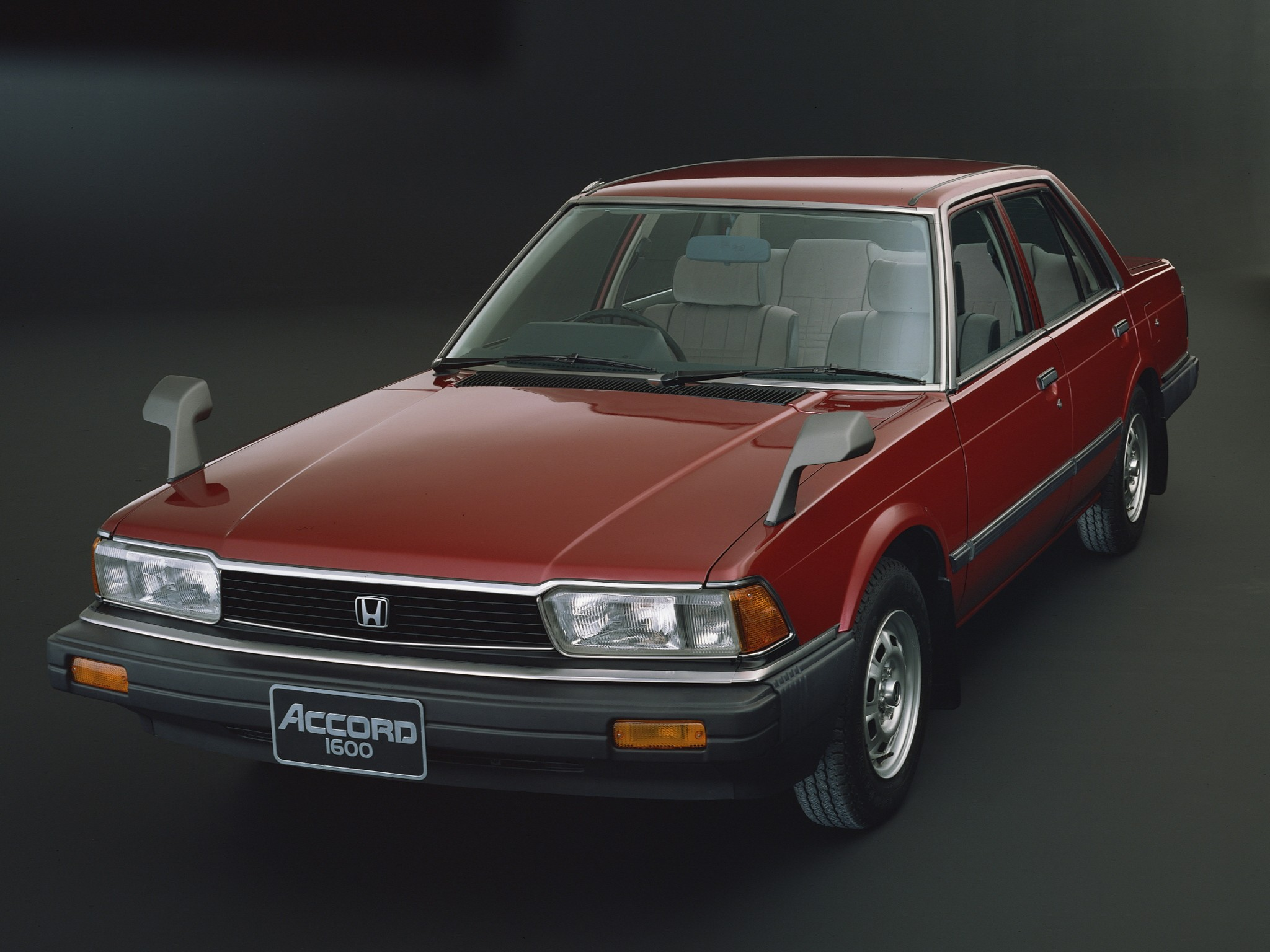 HONDA Accord 4 Doors specs & photos - 1981, 1982, 1983 ...