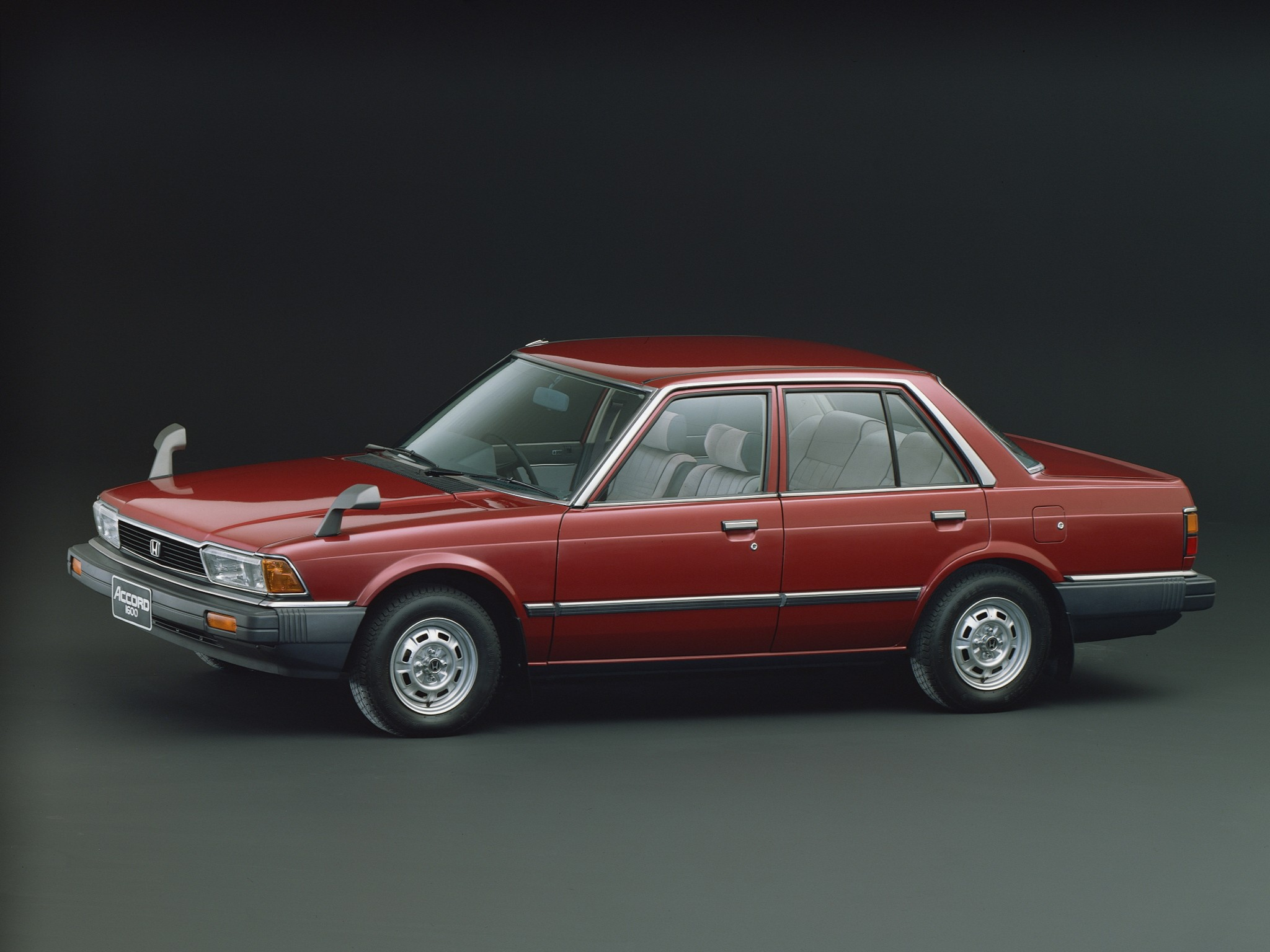 HONDA Accord 4 Doors specs - 1981, 1982, 1983, 1984, 1985 ...