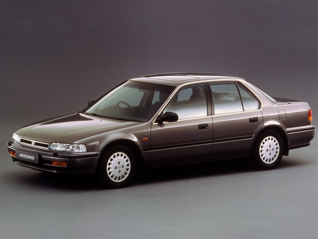 Honda Accord 4 Doors Specs Amp Photos 1989 1990 1991
