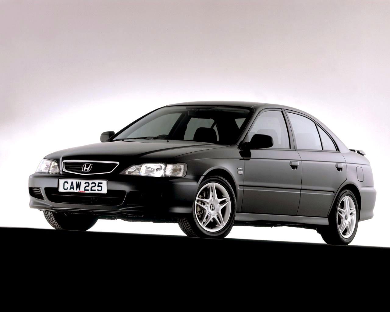 HONDA Accord 4 Doors specs - 1998, 1999, 2000, 2001, 2002, 2003, 2004, 2005 - autoevolution