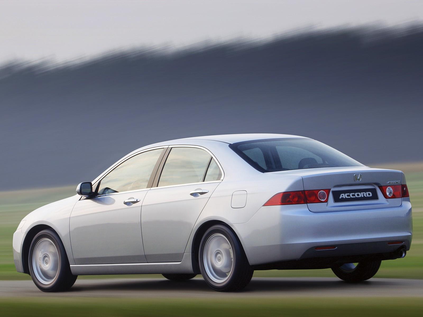 Honda Accord Awd >> HONDA Accord 4 Doors - 2003, 2004, 2005, 2006 - autoevolution