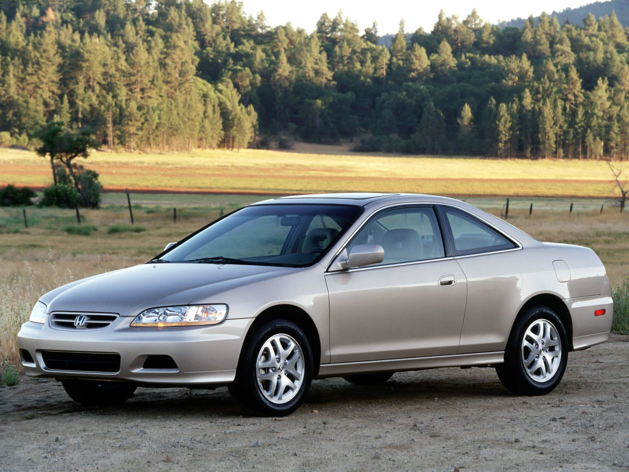 ... HONDA Accord Coupe (1998 - 2002) ...