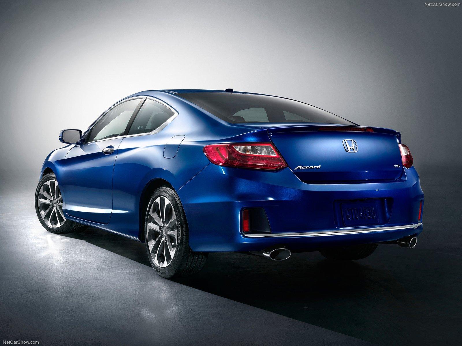 Charming ... HONDA Accord Coupe (2012   2015) ...