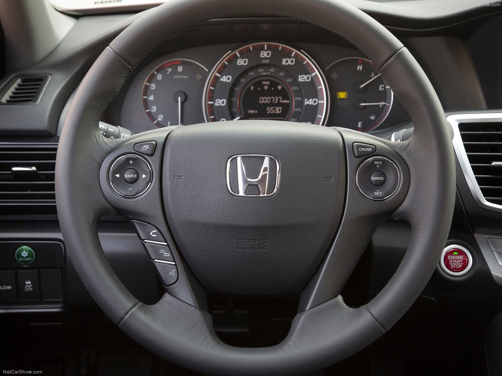 HONDA Accord Coupe specs & photos - 2012, 2013, 2014, 2015 ... Honda Accord 2012 Coupe Interior