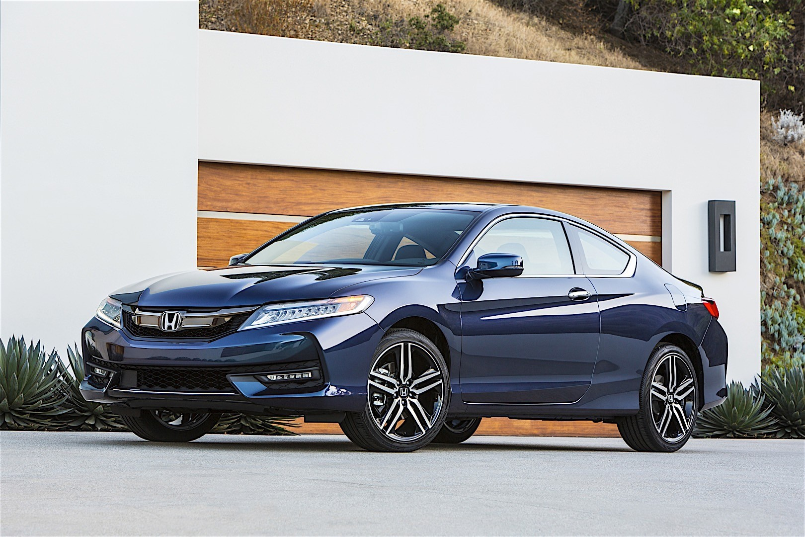 Honda Accord Coupe Specs Photos 2015 2016 2017 2018 2019