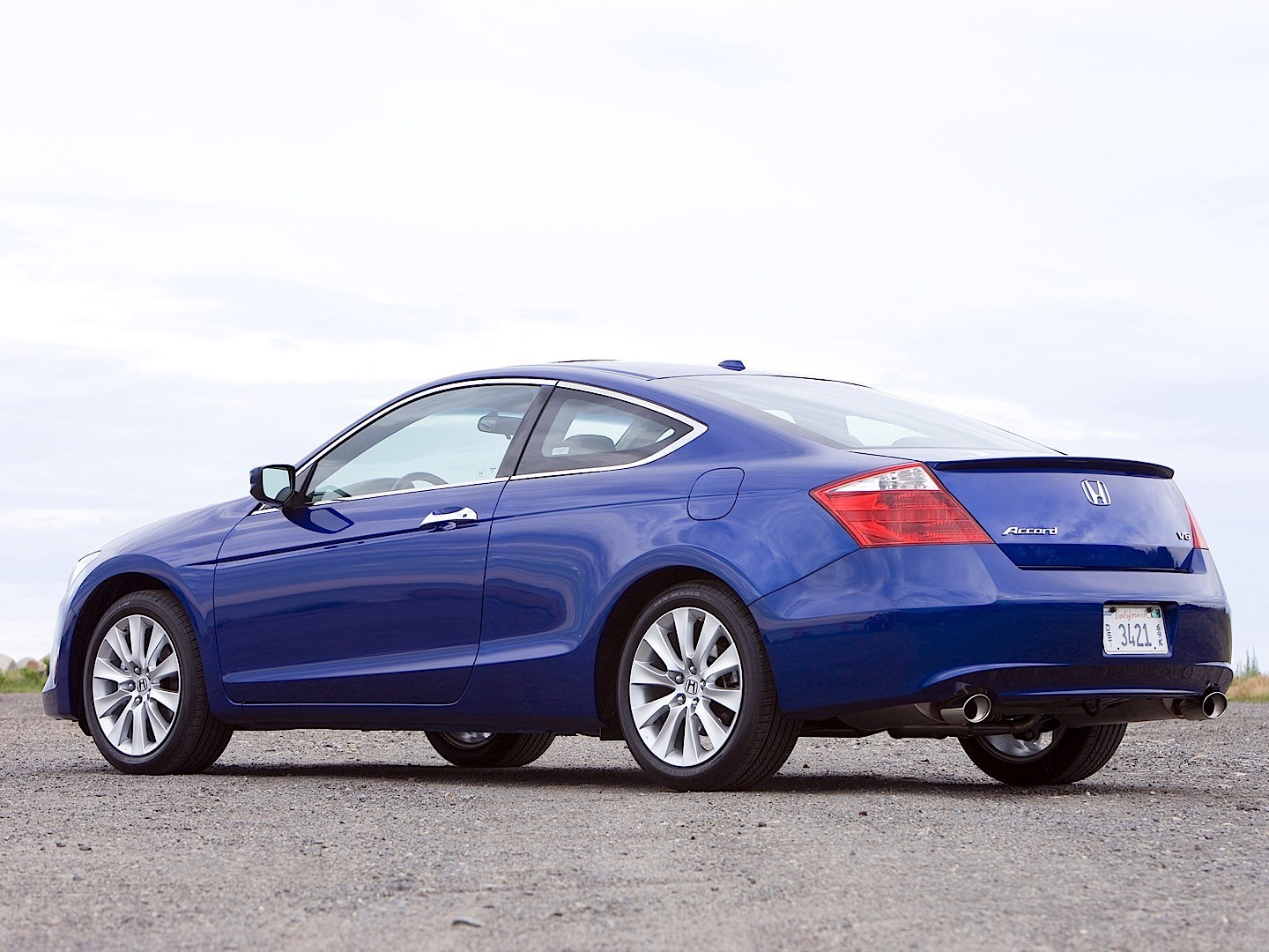 HONDA Accord Coupe US specs & photos - 2008, 2009, 2010, 2011, 2012, 2013, 2014, 2015, 2016 ...
