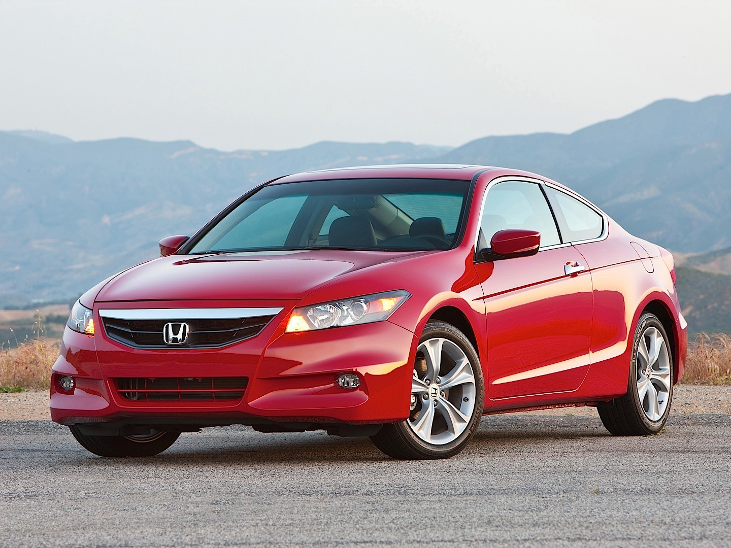 Honda Accord Coupe Us Specs Amp Photos 2008 2009 2010
