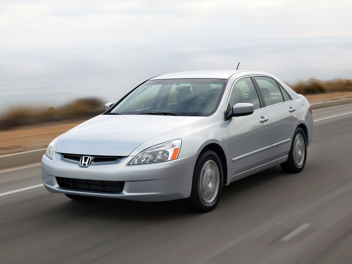HONDA Accord Sedan US specs & photos - 2005, 2006, 2007 - autoevolution