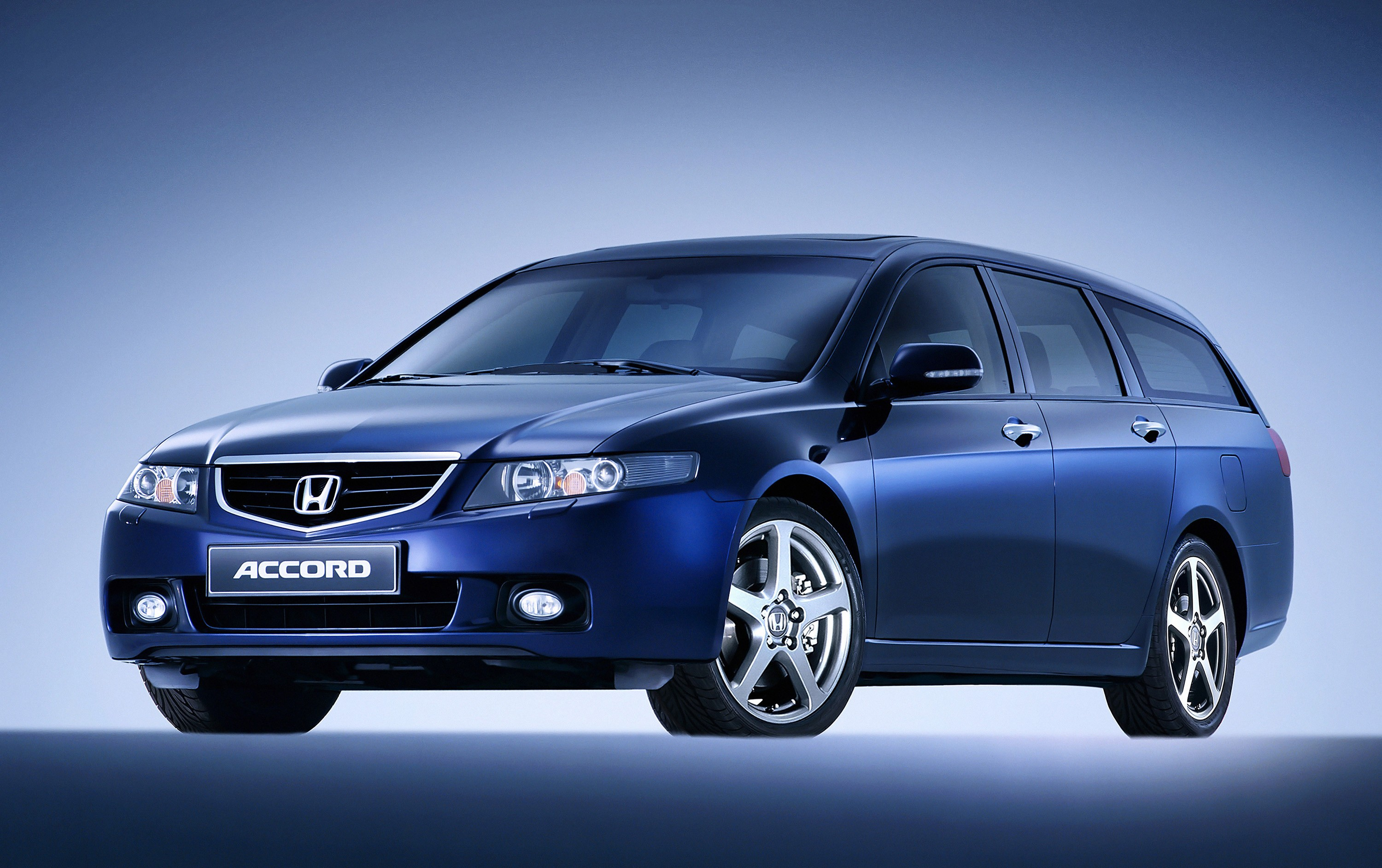 honda accord tourer specs 2003 2004 2005 autoevolution. Black Bedroom Furniture Sets. Home Design Ideas