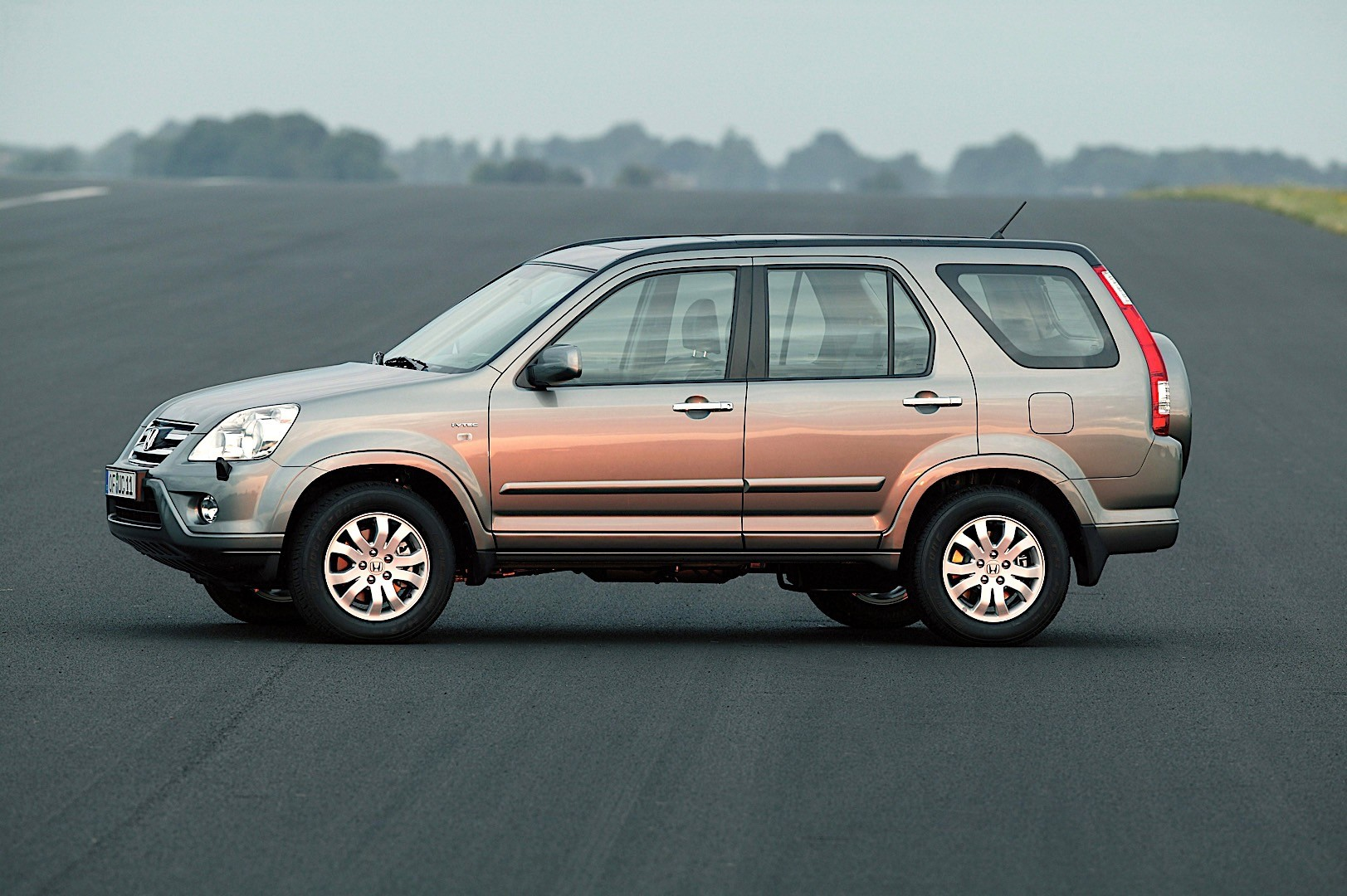 HONDA CR-V specs & photos - 2004, 2005, 2006, 2007 - autoevolution